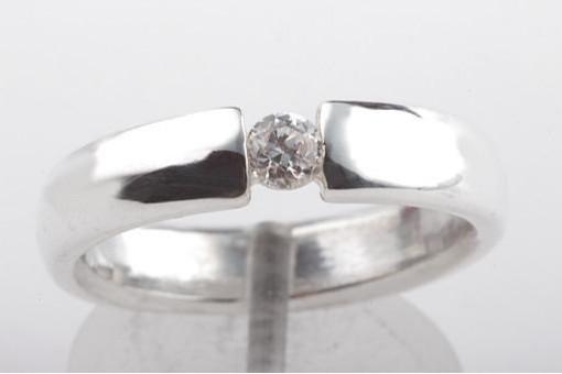 Spann Ring in 925 Sterling Silber mit Zirkonia Durchmesser 3,9mm Spannringe